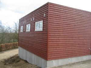 Udformningen af byggeriet er tilpasset områdets stier.